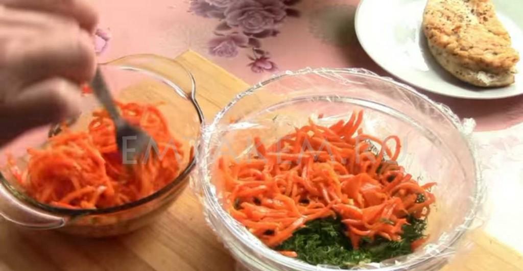 Салат из курицы и моркови по корейски