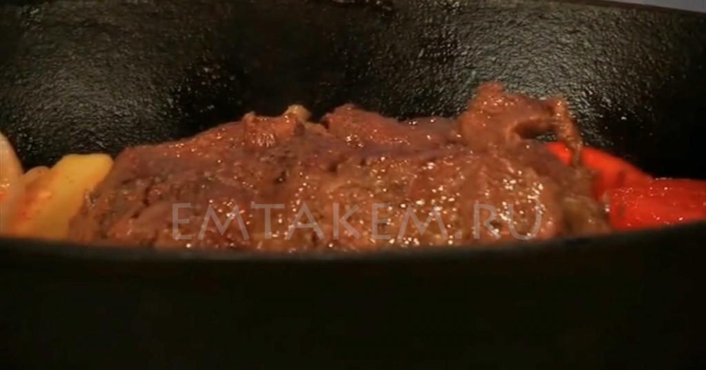 Как приготовить оленину в духовке