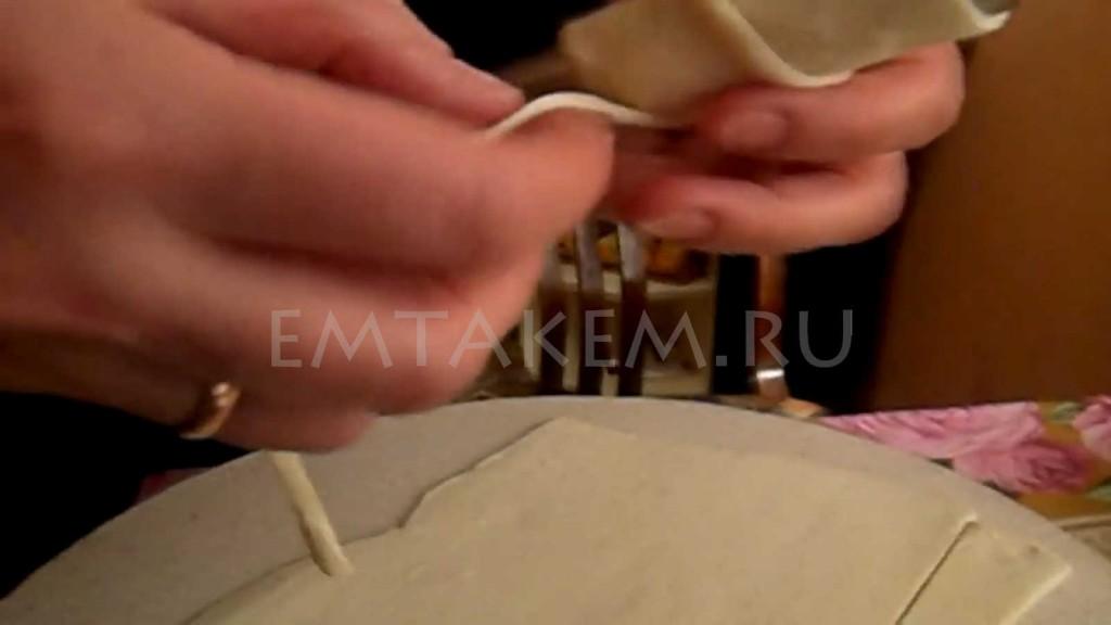 Форма для трубочек из слоеного теста