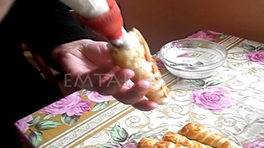 Слоеные трубочки с кремом