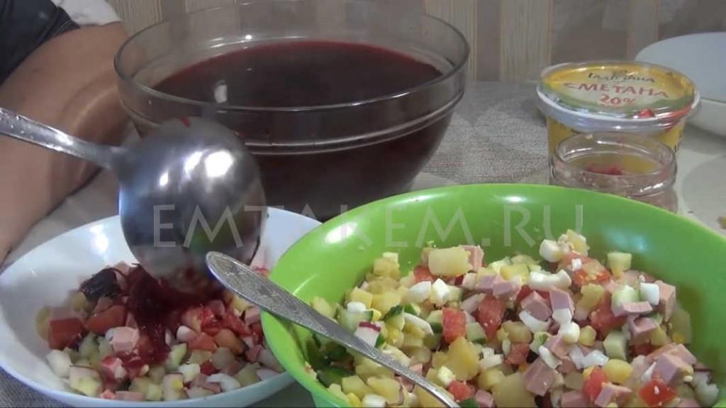 Рецепт свекольника холодного с колбасой